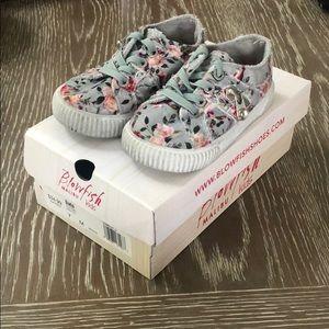 Blowfish Malibu kid floral sneakers